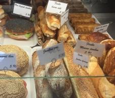 croissant show - 5